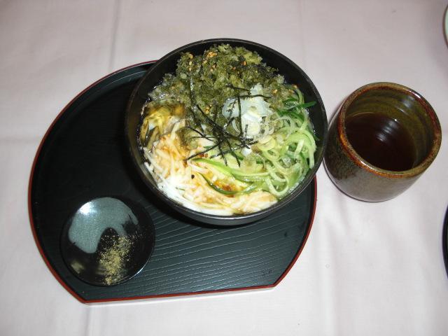 つるる梅麺(メニュー提案者 宮本恵子さん)